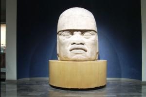 cabeza colosal olmeca