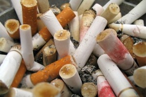 good bye art phil hansen colillas de cigarro consumido