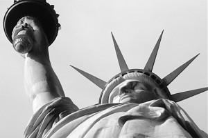 statue of liberty - estatua de la libertad - imperialismo cultural