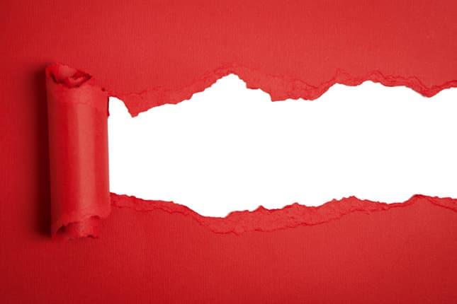 papel rojo roto